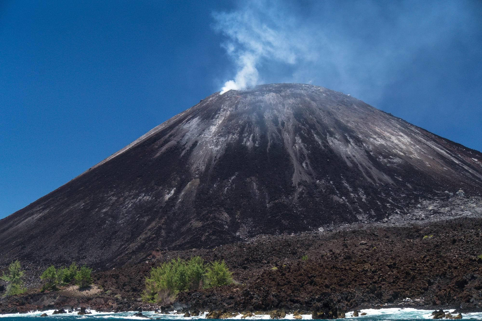 2479 G Anak Krakatau ©2018 Deni Sugandi