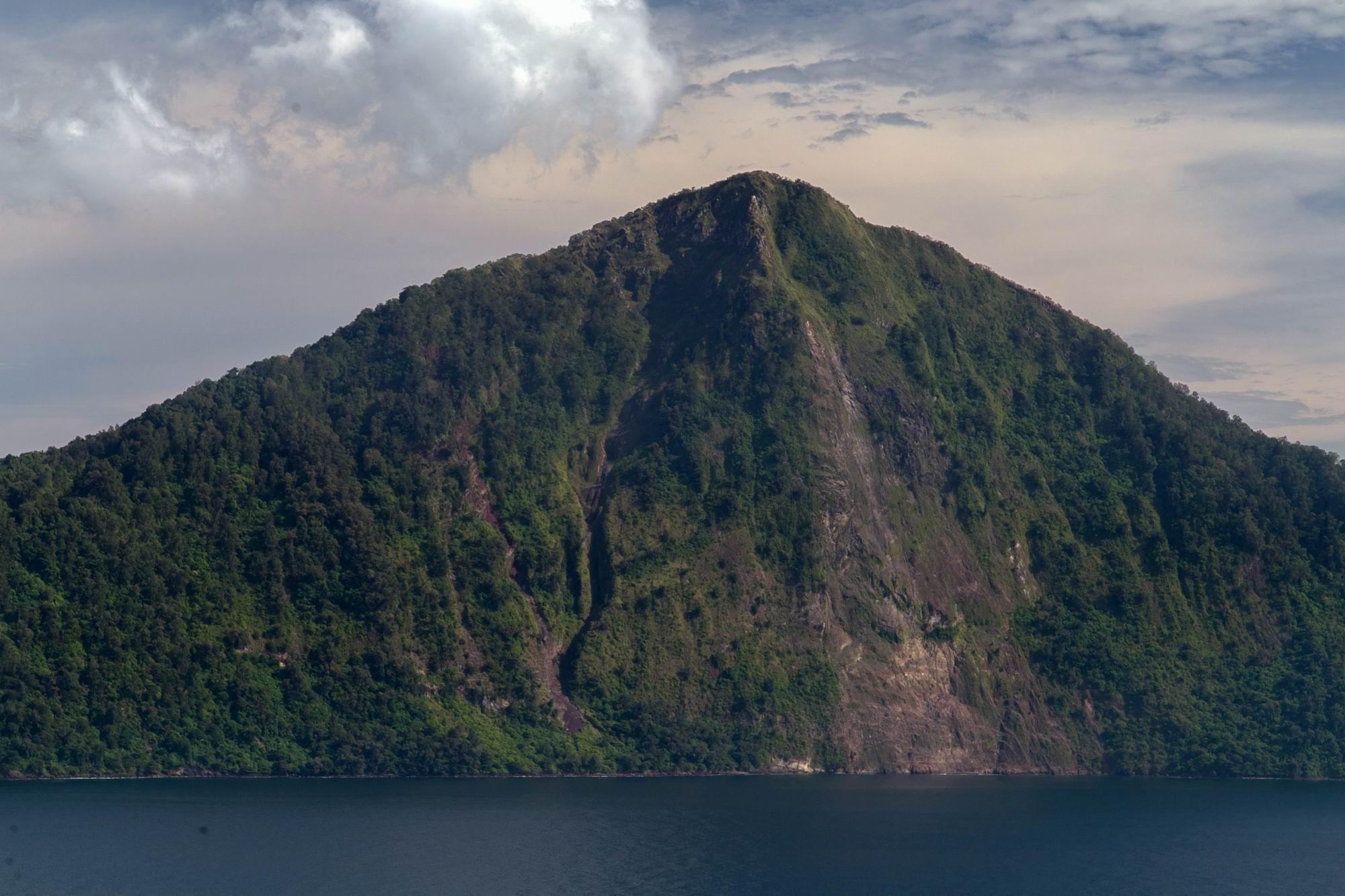 662 Pulau Rakata ©2018 Deni Sugandi